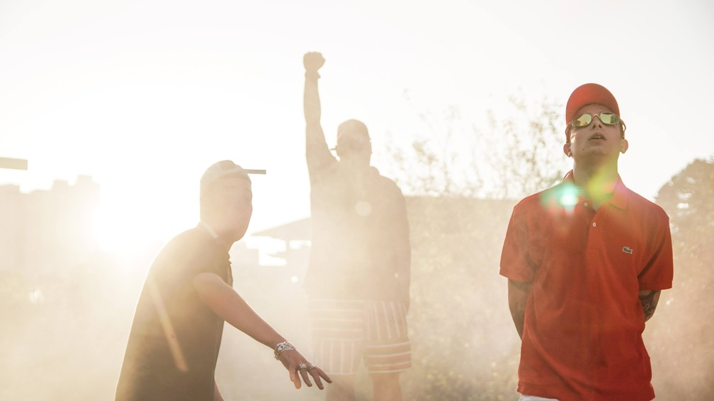 Salvador da Rima, Ryan SP e Hariel na gravação do clipe 'Vergonha pra mídia 2' — Foto: Divulgação