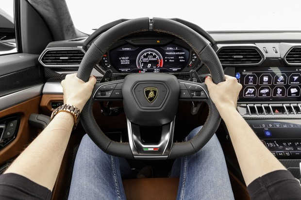 Lamborghini Urus (Foto: Christian Castanho / Autoesporte)