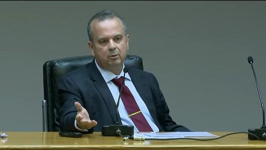 Governo anuncia que economia vai ser de mais R$ 900 bilhões