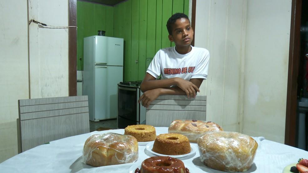 Família de Nilson precisou se mudar de Cujubim para Ariquemes para se adaptarem ao comércio do filho.  — Foto: Rede Amazônica/Reprodução
