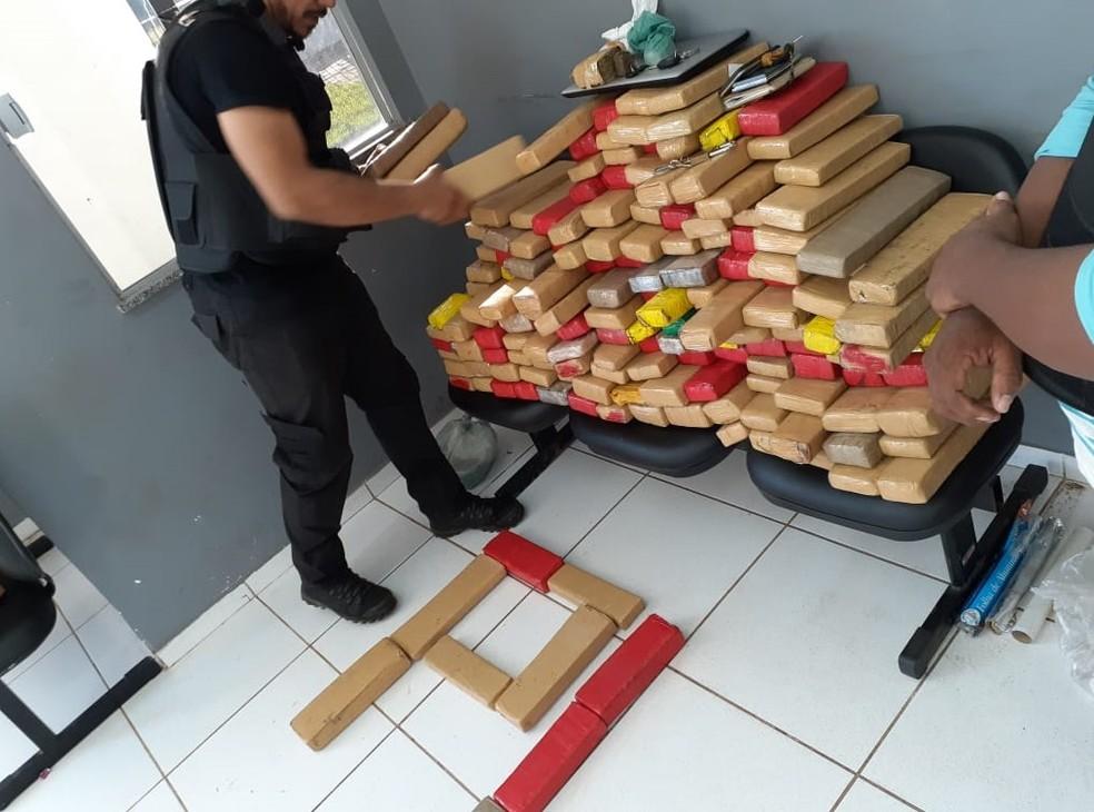 150 kg de entorpecentes foi encontrada no bairro Vila Cilene em Coroatá — Foto: Divulgação/Polícia