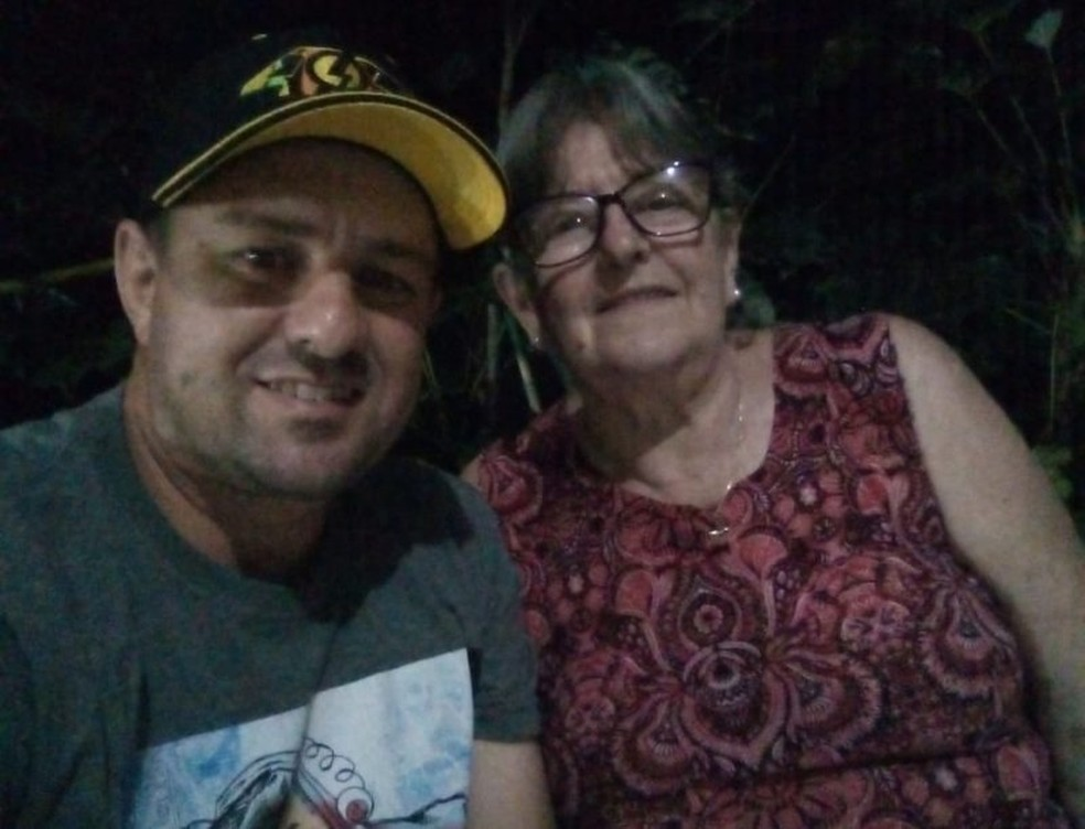 Morador de Chapecó transferido para o ES foi entubado ao lado da mãe — Foto: Arquivo Pessoal/Divulgação