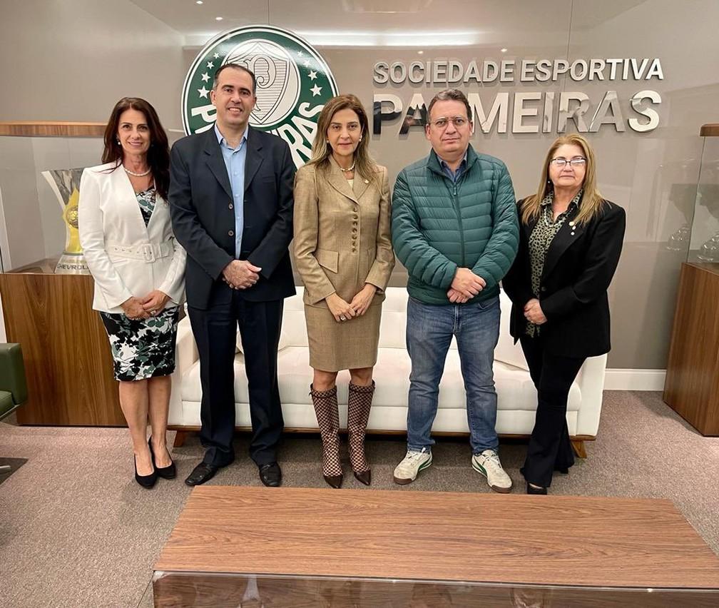 Chapa de Leila Pereira vai que disputar eleição no Palmeiras — Foto: Reprodução / Twitter