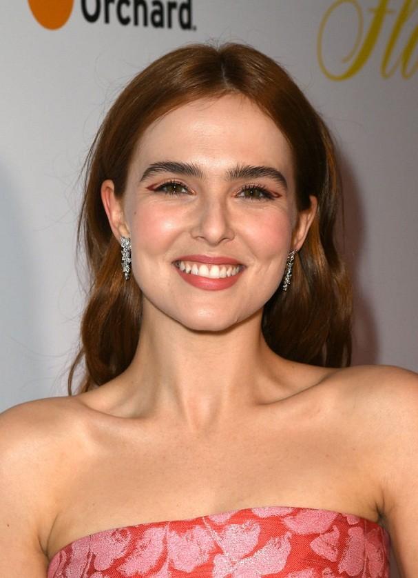 Zoey Deutch na estreia do filme em Los Angeles (Foto: Getty Images)
