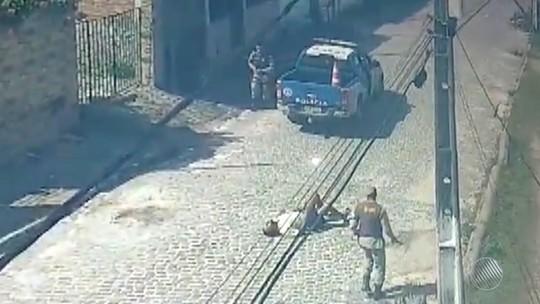 Homem baleado após tentar atingir PM com facão teve 'desequilíbrio emocional', diz sobrinha
