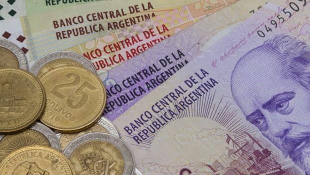 O peso argentino sofreu forte desvalorização nos últimos meses (Foto: Getty Images via BBC)