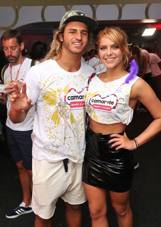Isabella Santoni e Caio Vaz (Foto: Daniel Janssens/ Ed.Globo)