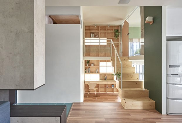 10 ideias para decorar embaixo da escada (Foto: Divulgação)