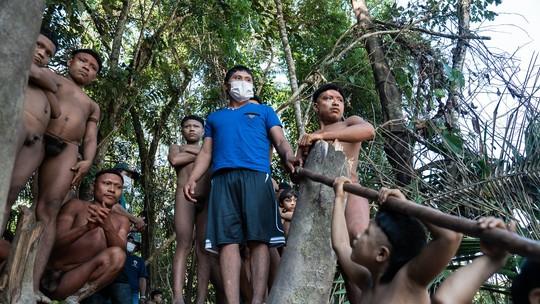 Busca por povos isolados na Amazônia celebra 400 edições do Profissão Repórter