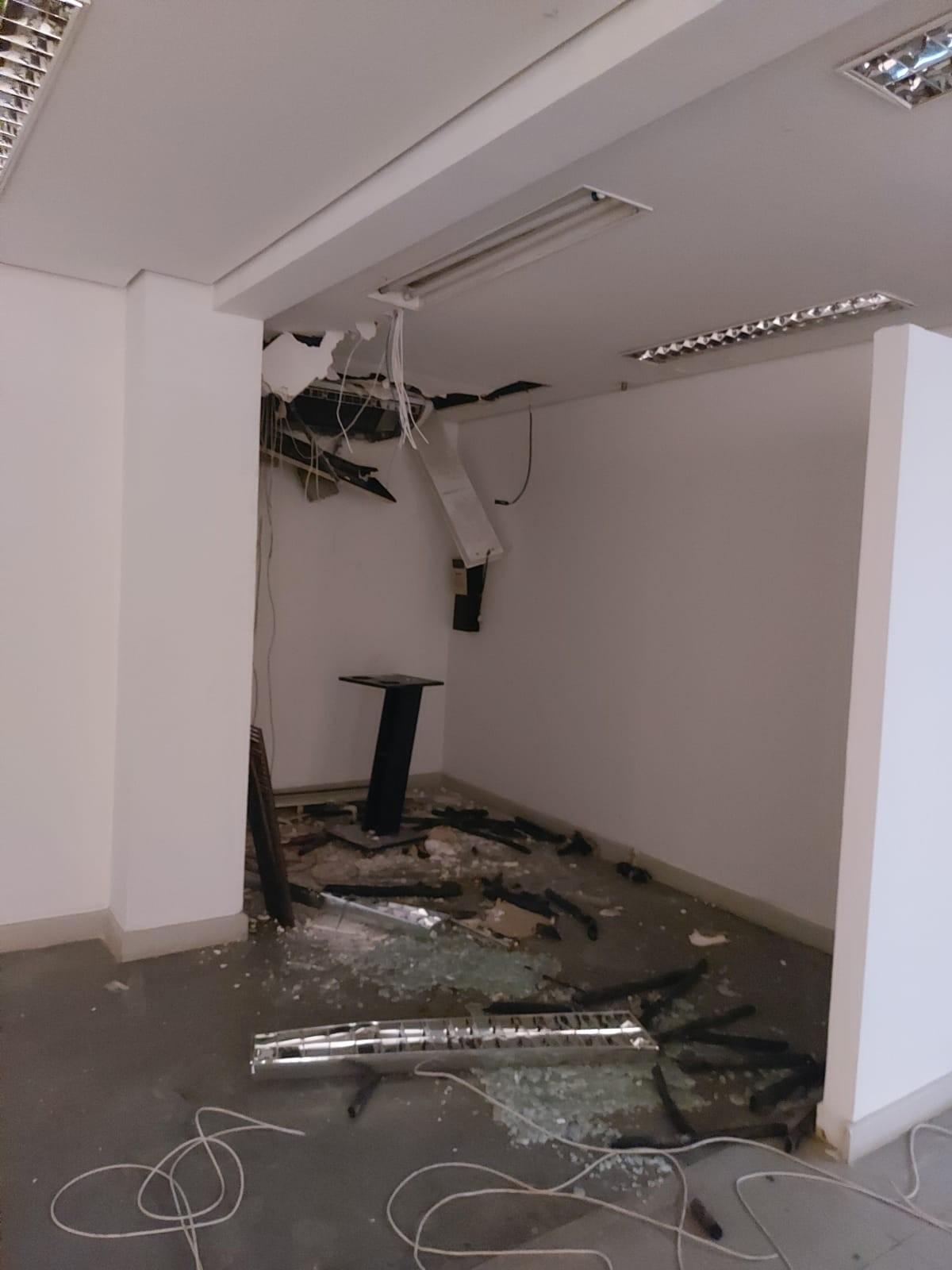 Polícia prende dupla em flagrante por furto de fios em imóvel no Centro de Campinas