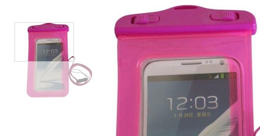 516dd6bed29 Sete capas que deixam seu celular à prova d'água | Listas | TechTudo