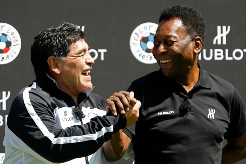 Maradona Pelé evento — Foto: Reuters