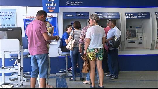 Saque do PIS/Pasep para idosos sem conta bancária começa hoje