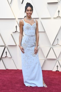 Laura Harrier veste Louis Vuitton
