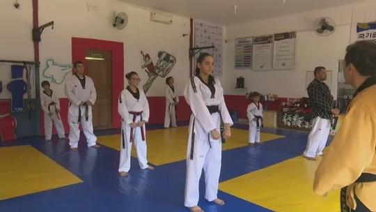 """Grão-mestre de taekwondo realiza capacitação de atletas em Rio Branco: """"Muito gratificante"""""""