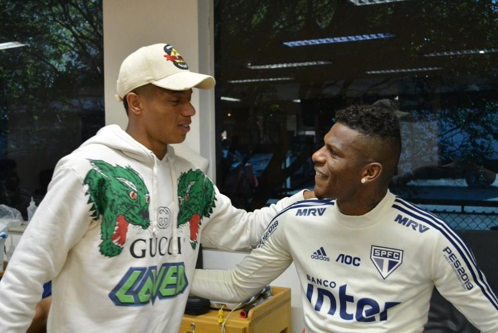 David Neres e Arboleda se encontram no Reffis do São Paulo — Foto: Reprodução instagram