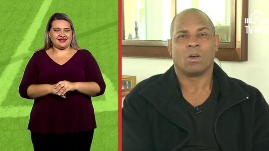 """""""Mão na Bola"""": Donizete mostra gols dentro da área com legendas em libras"""