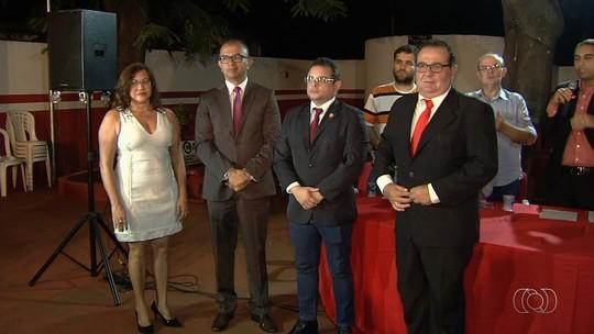 Convite de Ecival Martins a presidente do Goiás gera desconforto no Vila Nova