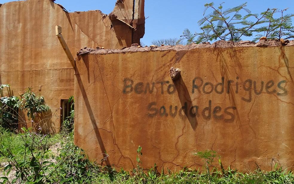 Bento Rodrigues foi destruído pelo rompimento da barragem de Fundão — Foto: Raquel Freitas/G1