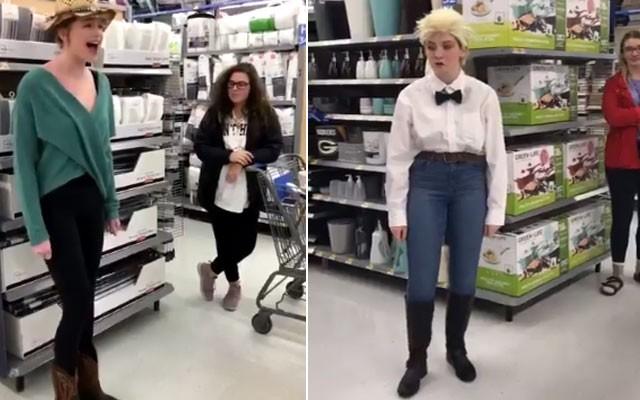 Meninas fazem paródia de Mason Ramsey no supermercado (Foto: Reprodução)