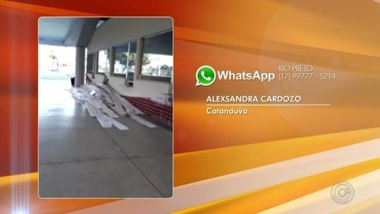 Chuva derruba parte do forro da rodoviária de Catanduva