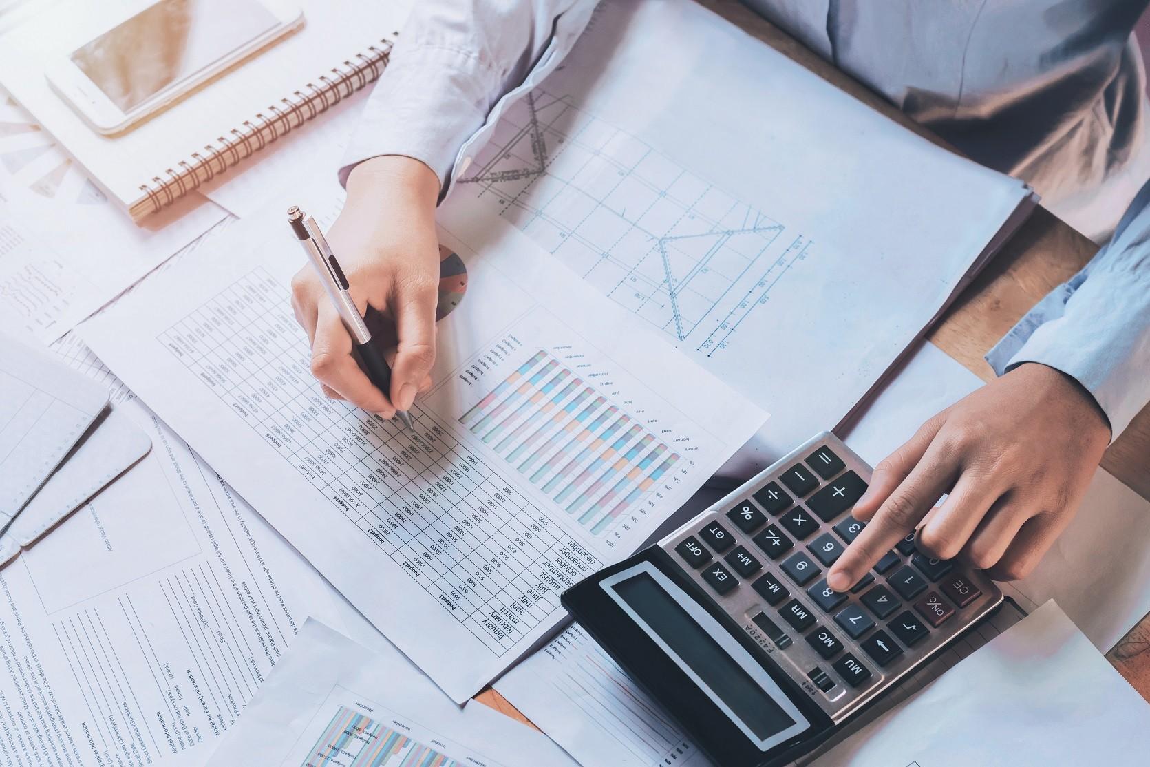 Com crédito mais caro, indústrias reavaliam estratégias de recuperação
