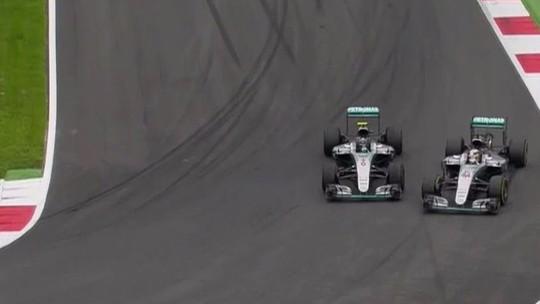 Relembre! Choque entre Rosberg e Hamilton marcou GP da Áustria de 2016
