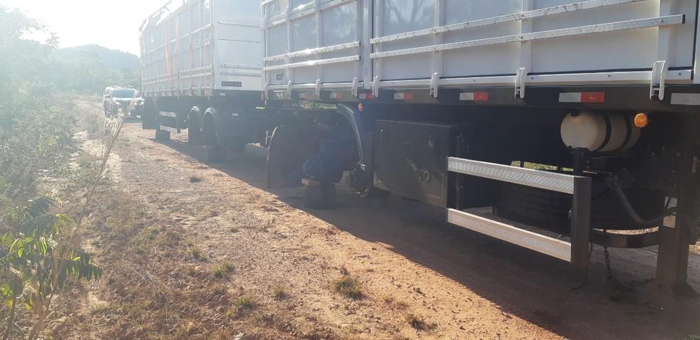 Roubo de rodas foi registrado em Guaraí — Foto: Divulgação/PRF