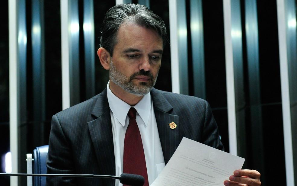 Júlio Marcelo de Oliveira, procurador do TCU, fala em sessão no Senado (Foto: Geraldo Magela/Agência Senado)