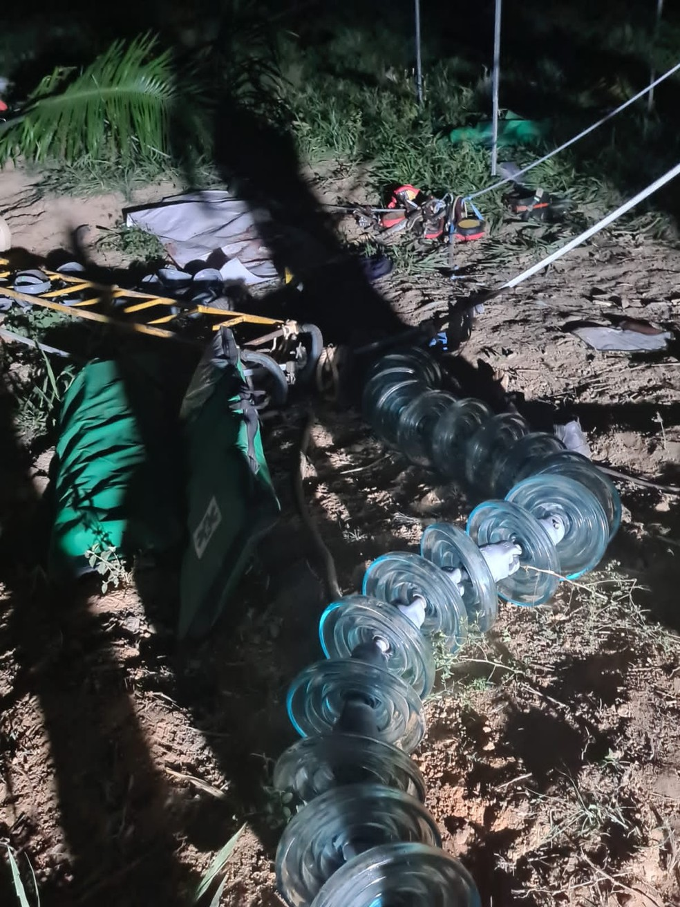 Torre de linha de transmissão desaba e sete pessoas morrem no Pará — Foto: Ascom/Corpo de Bombeiros