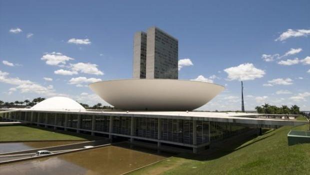 Quem vencer terá dificuldades em lidar com o Congresso, avalia analista (Foto: BBC News Brasil)