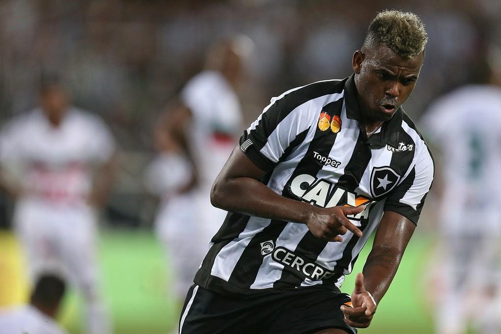 Marcos Vinícius comemora o empate do Botafogo (Foto: Vitor Silva/SSPress/Botafogo)