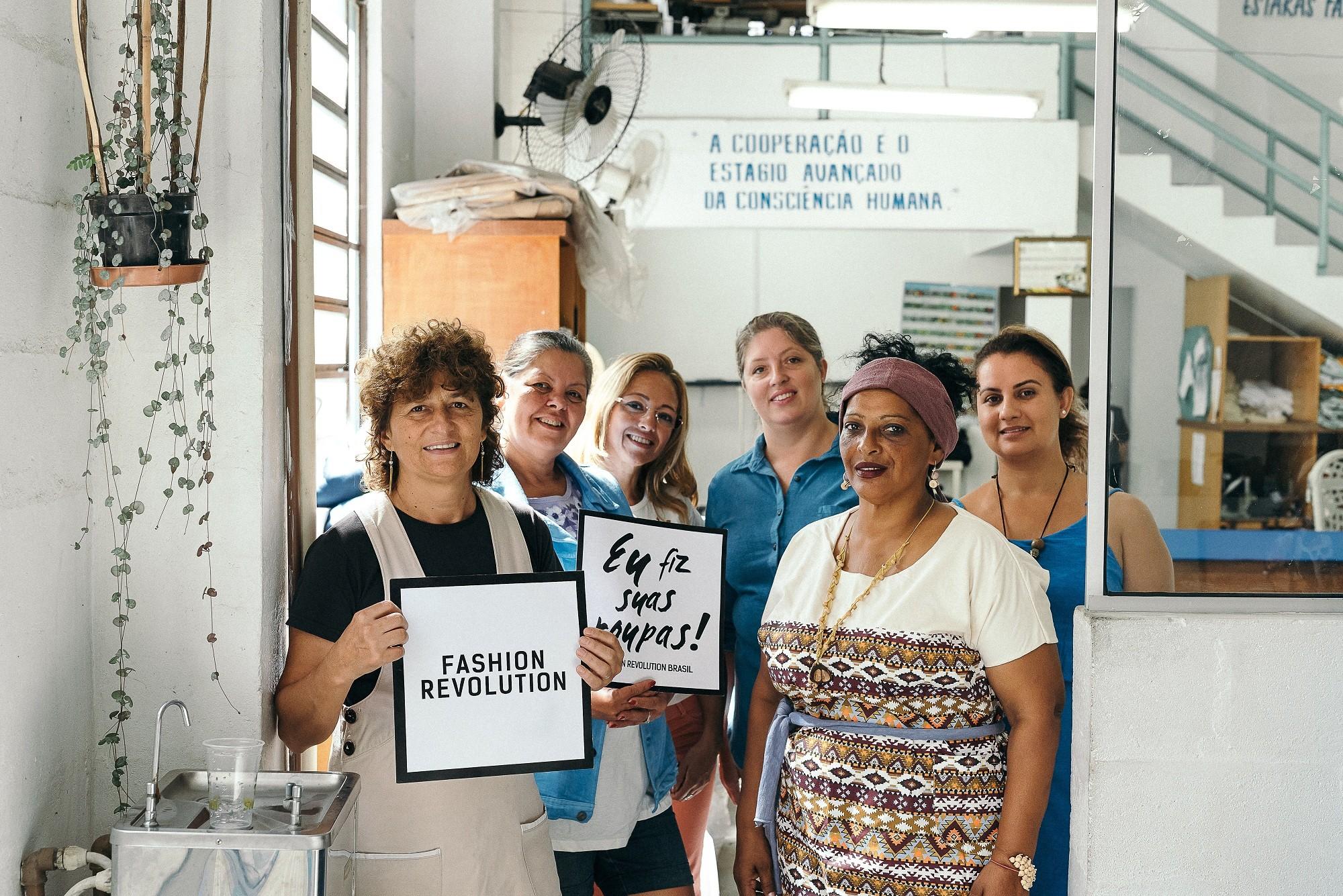 Semana Fashion Revolution traz debates sobre moda sustentável e consumo consciente a Porto Alegre