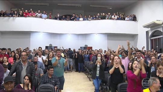 Vereadores de Santo Antônio da Platina aprovam reajuste de salários