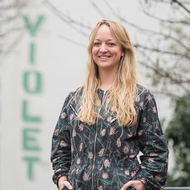 Claire Ptak, a boleira mais sortuda do Reino Unido (Foto: Reprodução/Instagram)