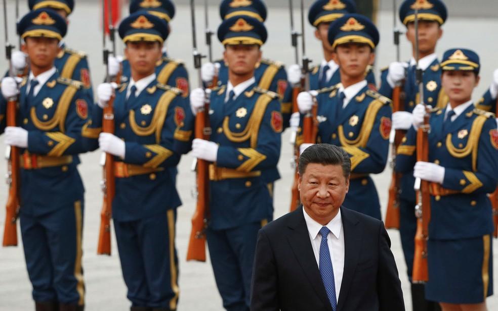 O presidente chinês Xi está, novamente, lidando com a crise enquanto sedia um encontro internacional (Foto: Reuters/Thomas Peter)