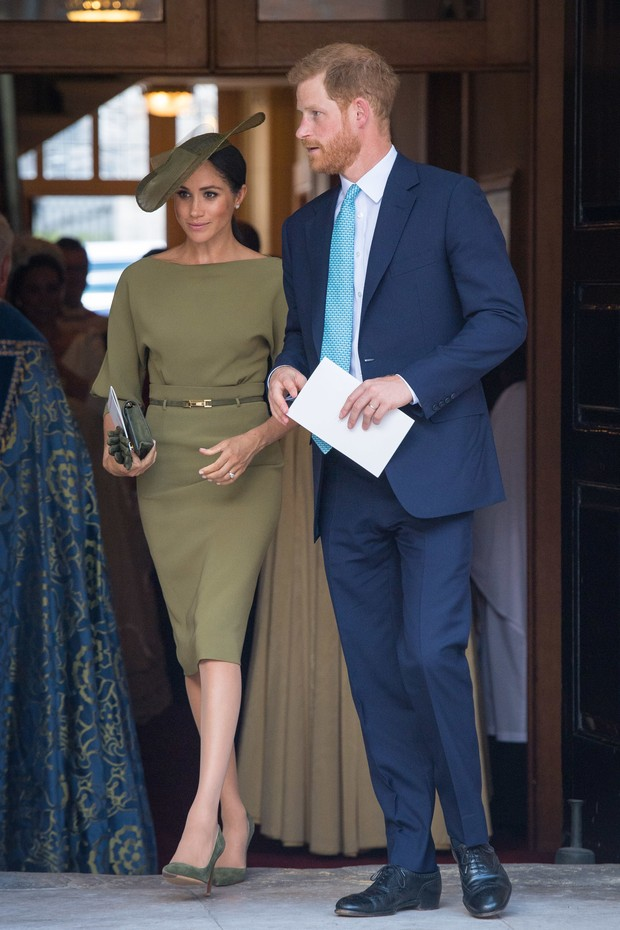 LONDON, ENGLAND - JULY 09: The Duke and Duchess of Sussex depart after attending the christening of Prince Louis at the Chapel Royal, St James's Palace on July 09, 2018 in London, England. (Photo by Dominic Lipinski - WPA Pool/Getty Images) (Foto: Getty Images)