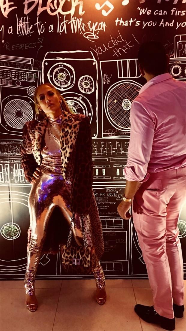 Jennifer Lopez e o namorado, Alex Rodriguez (Foto: Reprodução / Instagram)