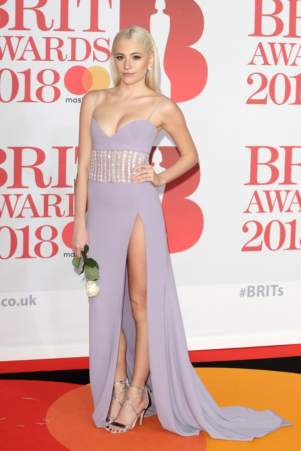LONDON, ENGLAND - FEBRUARY 21:  *** EDITORIAL USE ONLY IN RELATION TO THE BRIT AWARDS 2018***  Pixe Lott attends The BRIT Awards 2018 held at The O2 Arena on February 21, 2018 in London, England.  (Photo by John Phillips/Getty Images) (Foto: Getty Images)