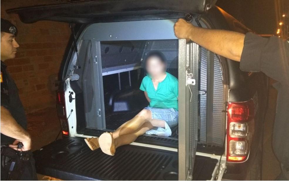 Policiais localizaram a mulher após a repercussão de gravação (Foto: Divulgação/Rotam)