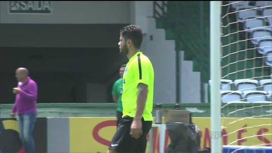 De volta ao time, Rafael Marques pede marcação forte contra o Atlético-MG