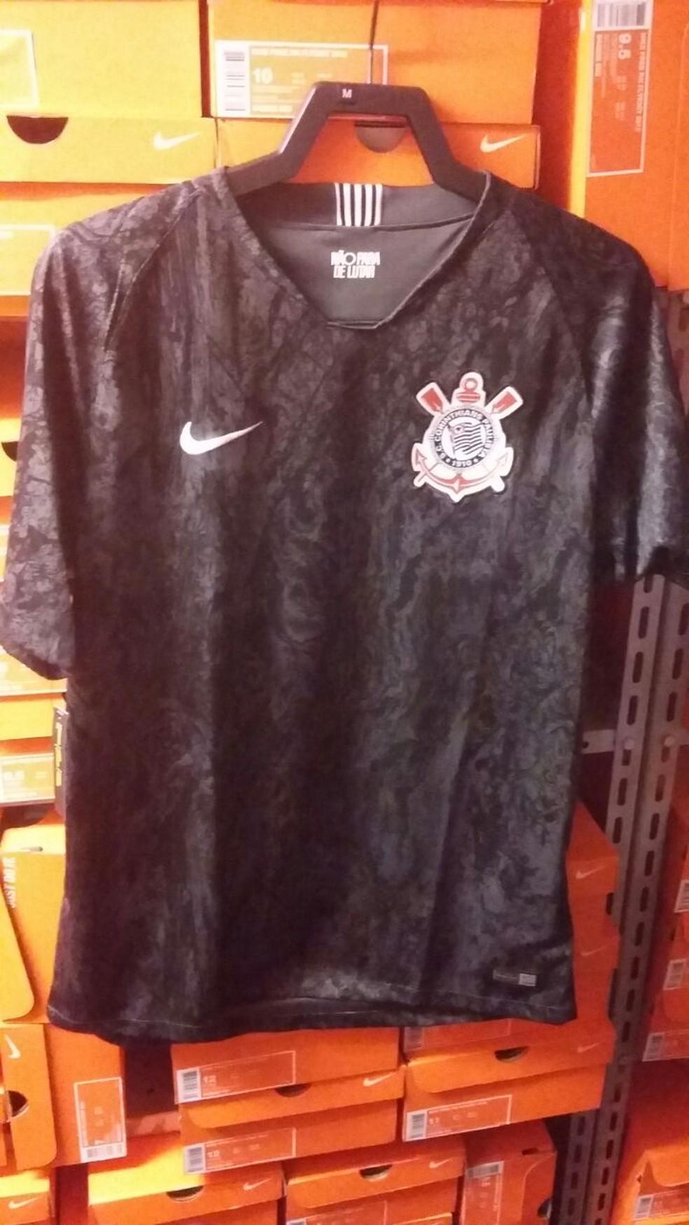 Segunda camisa do Corinthians terá uma espécie de camuflagem (Foto: Reprodução)