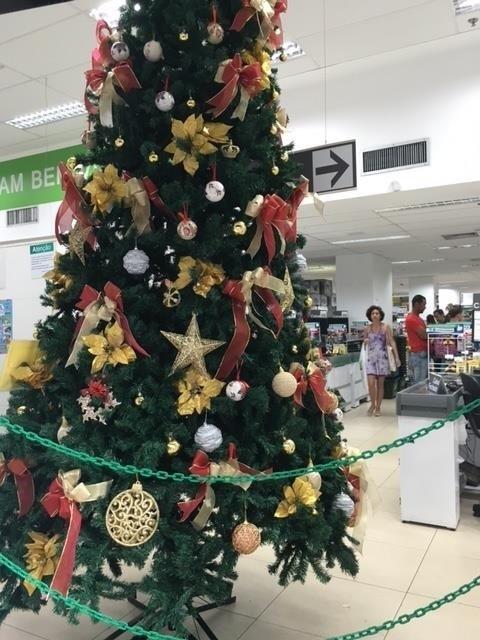 Árvore de Natal em loja do Rio