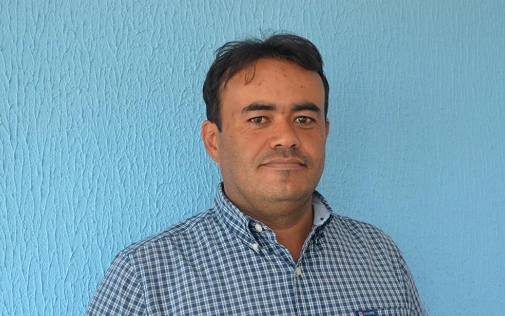Anderson Leite Souza Júnior, secretário de Finanças da Prefeitura de Iporá, foi esfaqueado durante confusão em coquetel de inauguração de uma fábrica — Foto: Prefeitura de Iporá/Divulgação