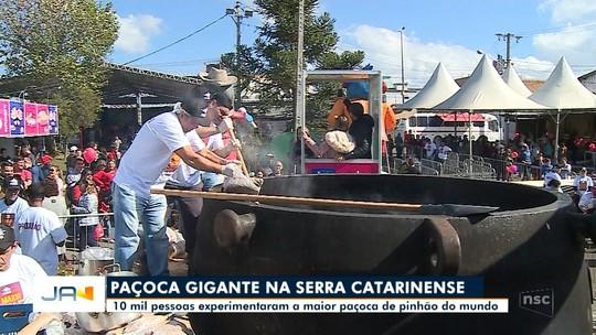 Maior paçoca do mundo é feita na Festa do Pinhão