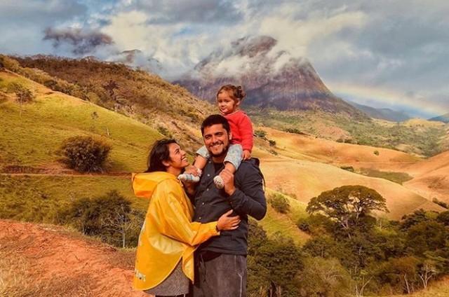 Bruno Gissoni, Yanna Lavigne e Madalena (Foto: Reprodução Instagram)