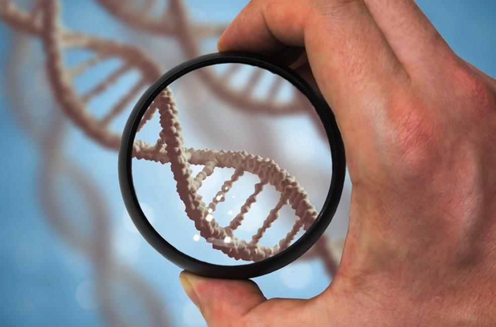 A epigenética aponta que as experiências de uma pessoa alteram a forma como o seu DNA é lido por suas células — Foto: Divulgação