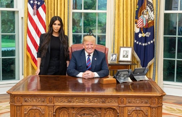 Kim Kardashian e Donald Trump (Foto: Reprodução/Twitter)