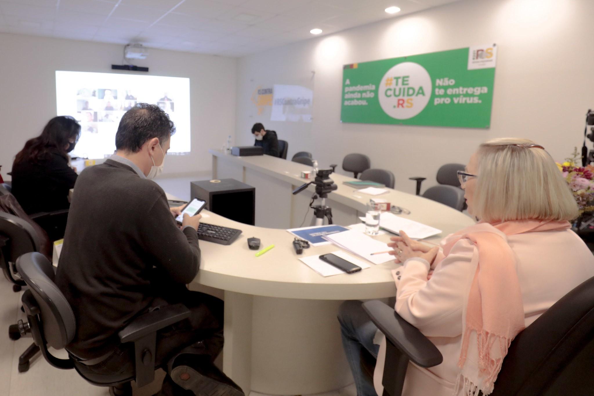 Governo do RS cobra medidas mais restritivas contra a Covid em três regiões