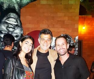Eduardo Moscovis com a filha, Sofia, e o promoter Leo Marçal   Vinícius Fragoso Bittencourt